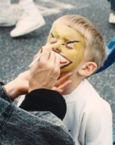 Joey getting his face painted